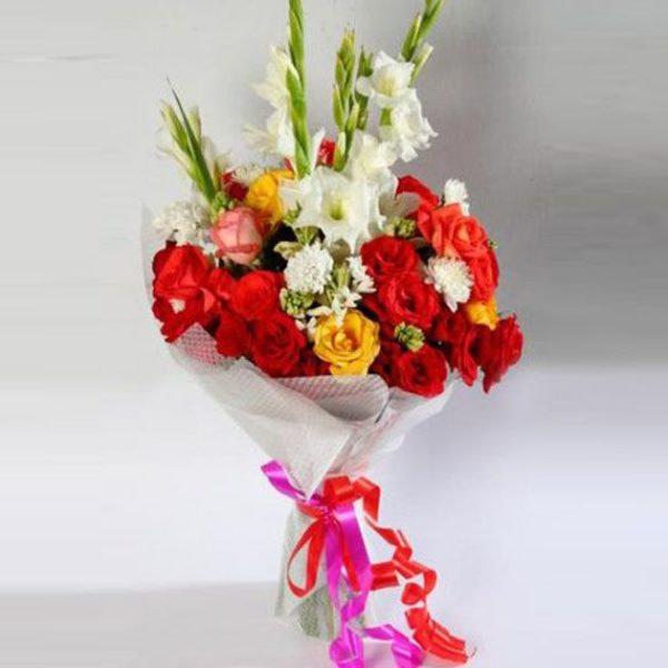 Dazzling Elegant Bouquet - SendFlowers.PK