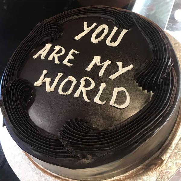 Chocolate Cake_ 2LBS - SendFLowers.pk