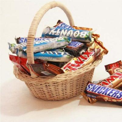 Collaboration of Chocolates - SendFlowers.pk