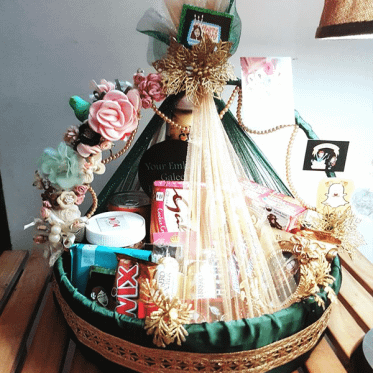Green Love Pearl Basket I Gift Basket For Any Occassion I SendFlowers.pk