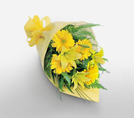 Delivery of Sun Glow Bouquet in Pakistan