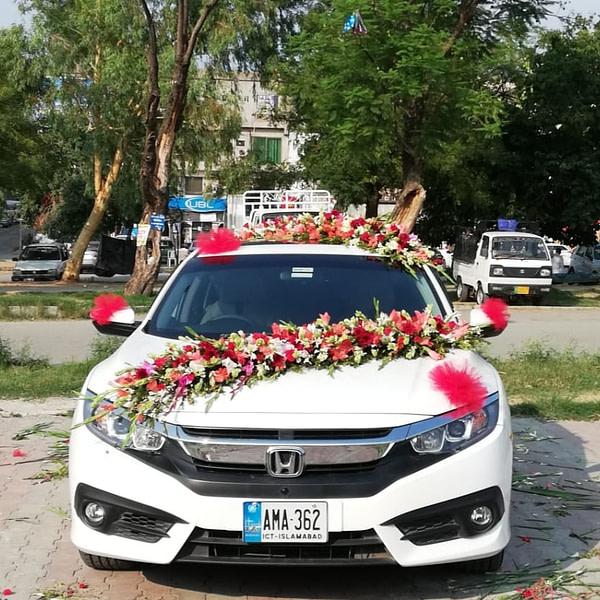 Honda Car Decoration - SendFlowers.pk