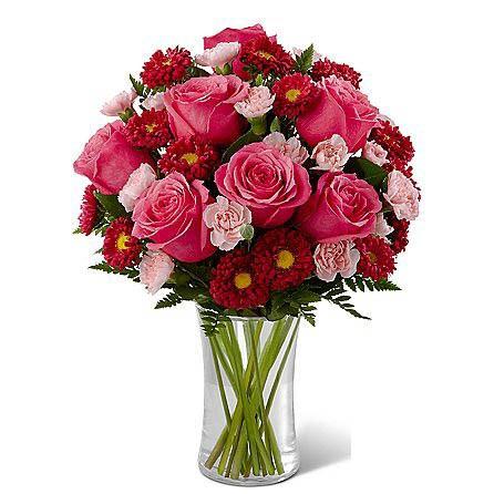 Precious Heart Bouquet SendFlowers To Pakistan