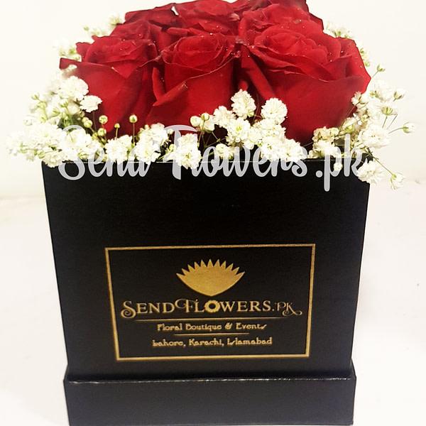 Online Flowers box delivery Pakistan_SendFlowers.pk