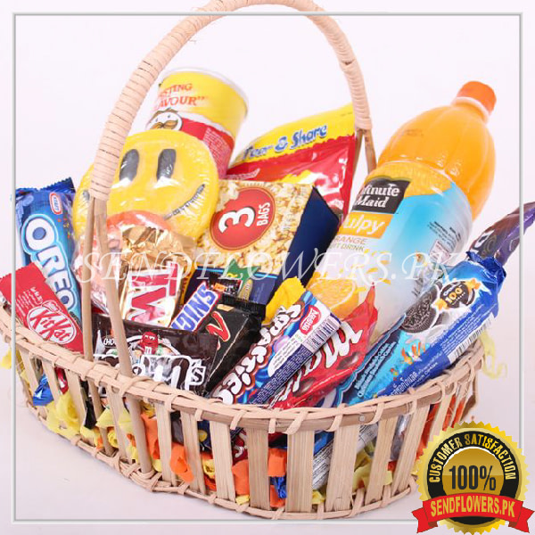 Gourmet Birhday Basket - SendFlowers.pk
