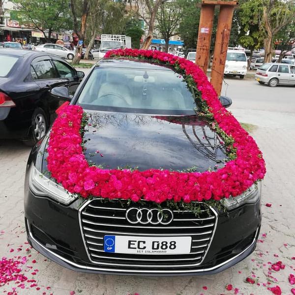 Audi Car Decoration - SendFlowers.pk