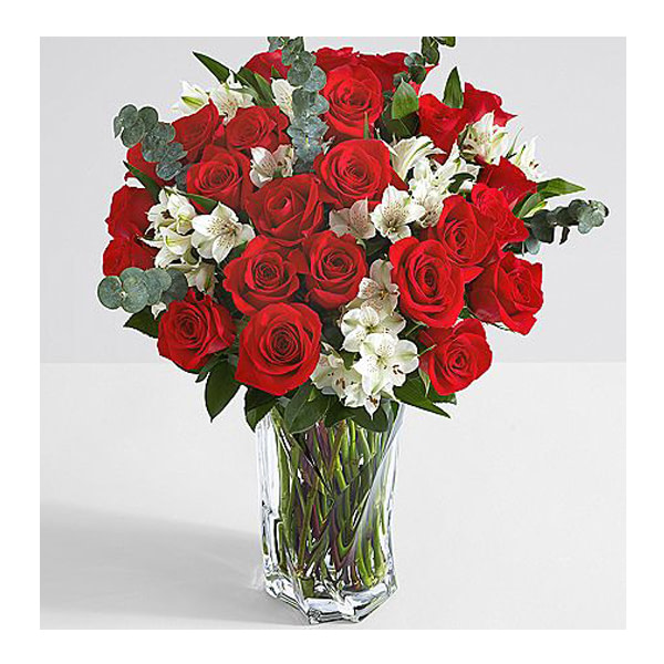 Valentine Lovely Red Roses - SendFlowers To Pakistan