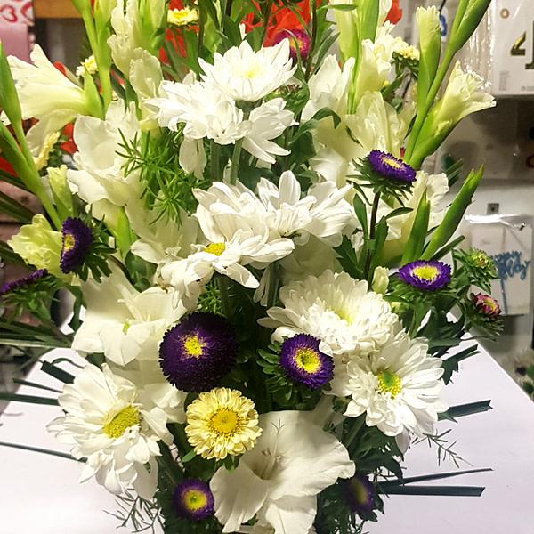 Onlnie Bloom Box Delivery Pakistan_SendFlowers.pk
